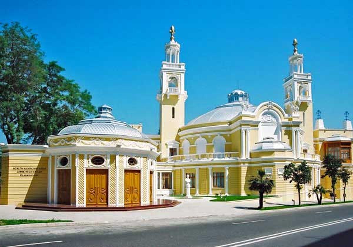 فلارمونیک در باکو