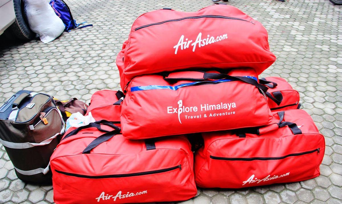 وسایل ورزشی در بار هواپیمایی ایر آسیا