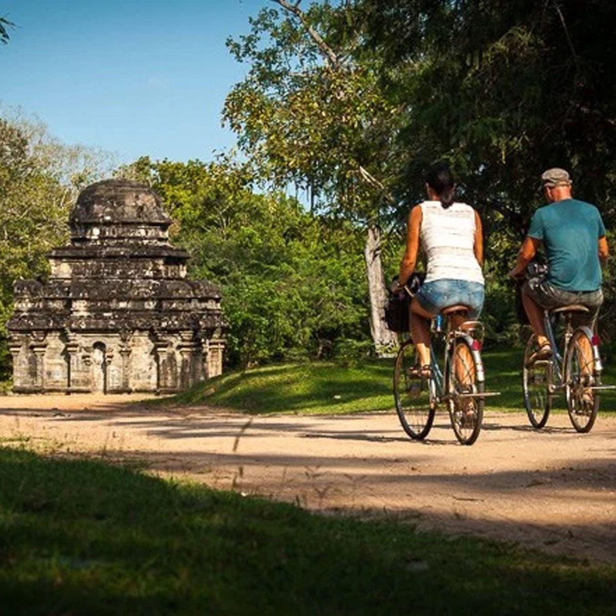 دوچرخهسواری در کندی سریلانکا