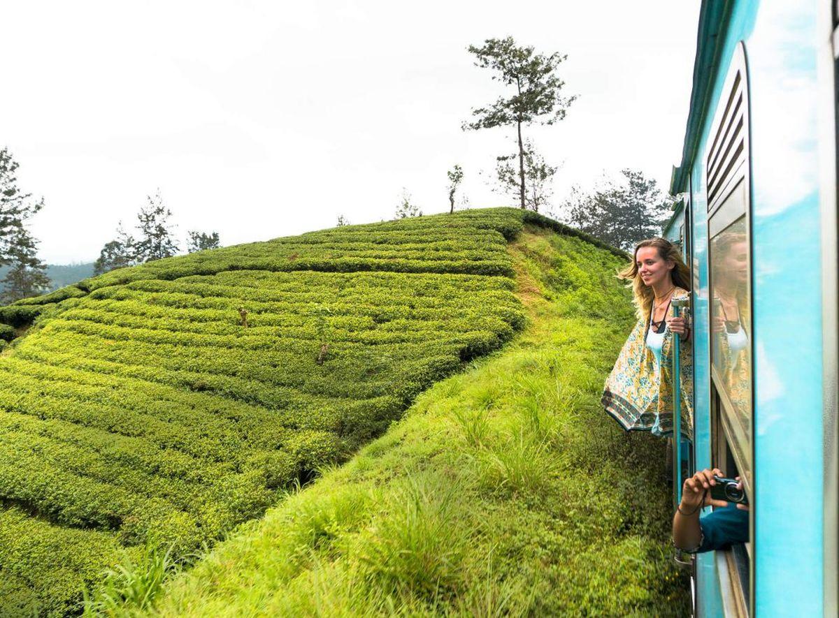 قطار در کندی سریلانکا