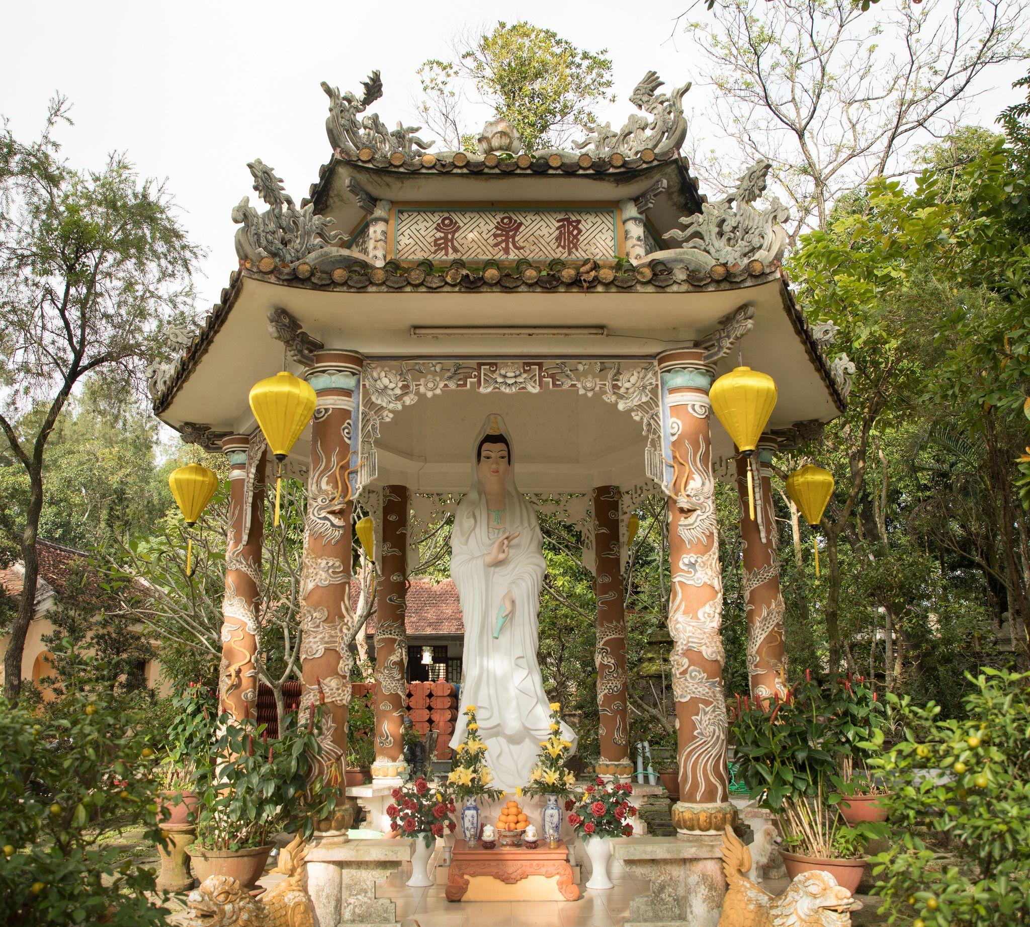 معبد تین مو در هوئه