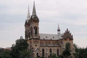 کلیسای مادر مقدس در باتومی