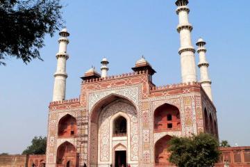 آرامگاه جلالالدین محمداکبر در آگرا - هند