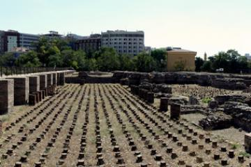 خرابههای برجای مانده از حمام رومی در آنکارا