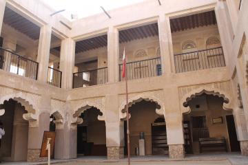 مدرسه الاحمدیه در دوبی