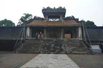 مقبره امپراطور تو دوک در هوئه - ویتنام
